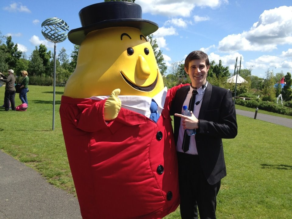 Mr tayto with Brian Daly Resident Tayto park magician